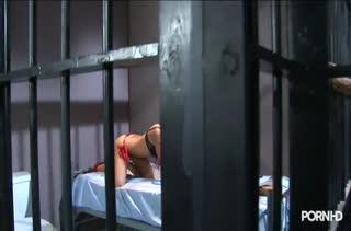 Похотливые секси бабенки устроили разврат с самотыком