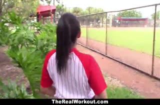 После бейсбола спортсменку Priya Price развели на секс