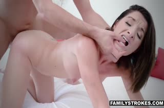 Мамаша Silvia Saige захотела острых порно ощущений