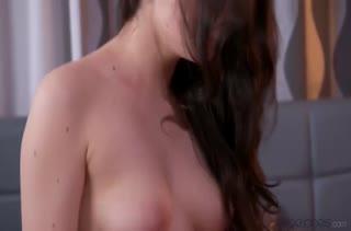 Страстный секс с русской брюнеткой Francesca Dicaprio